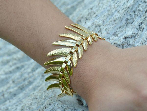 Pulseira de metal dourada (2)