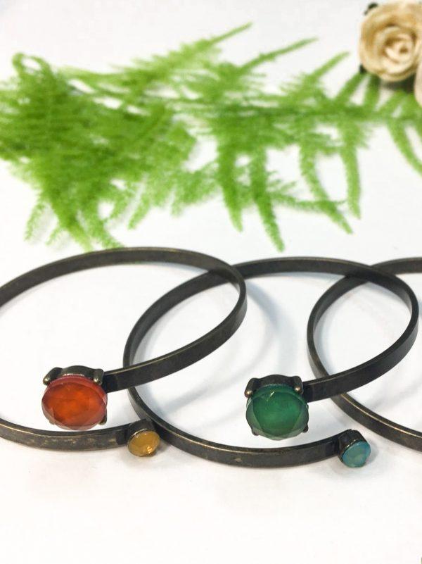 Pulseira pedras coloridas e aro metálico (3)