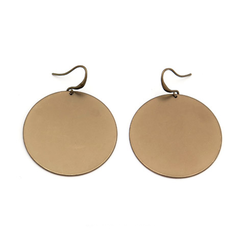 Brincos círculos de metal (1)