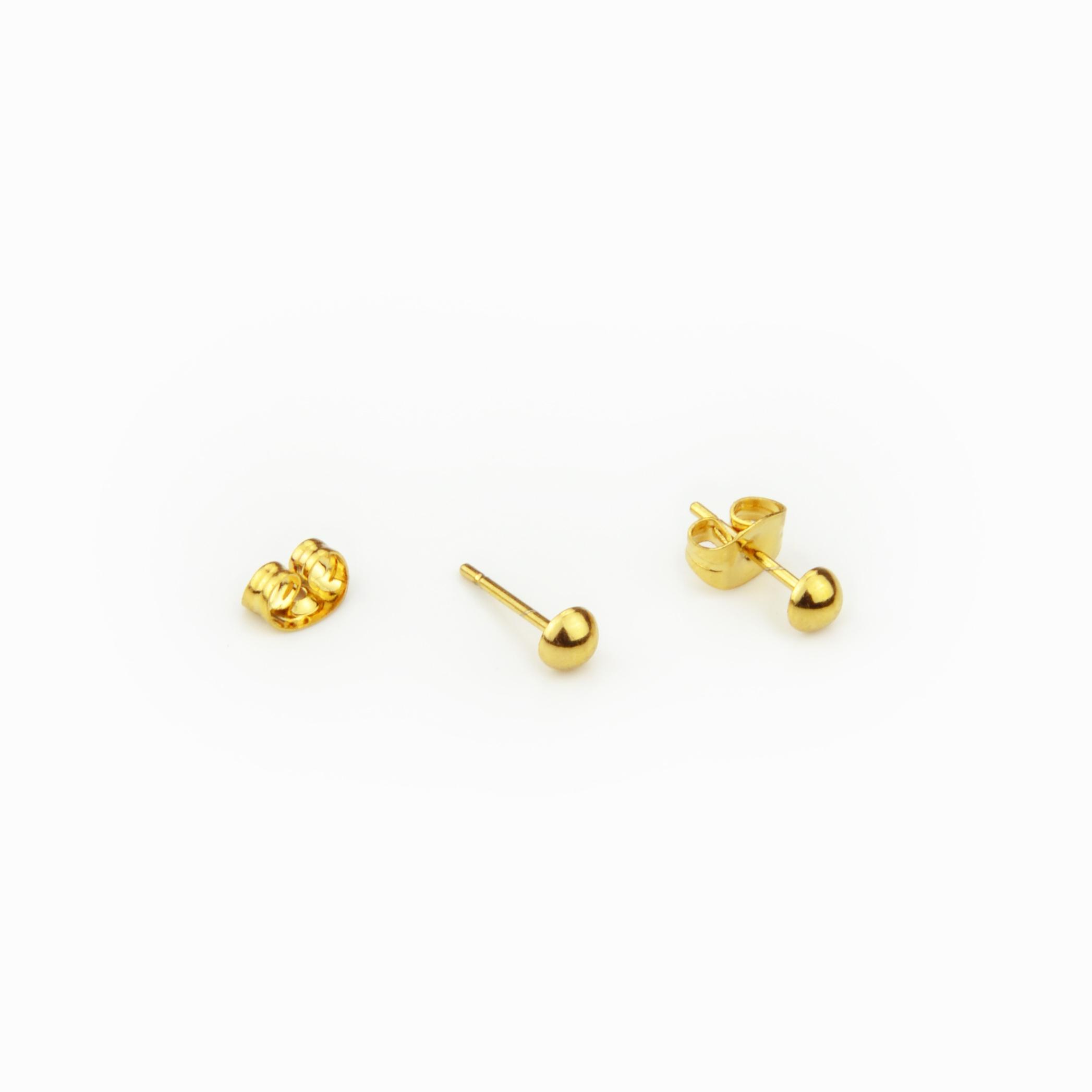 Brincos meia bola dourada em aço